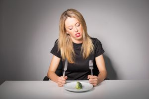 femme sur le régime alimentaire